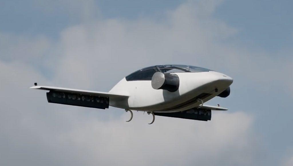 世界初、垂直離陸できる二人乗り電動ジェット「Lilium」 。未来感がスゴい
