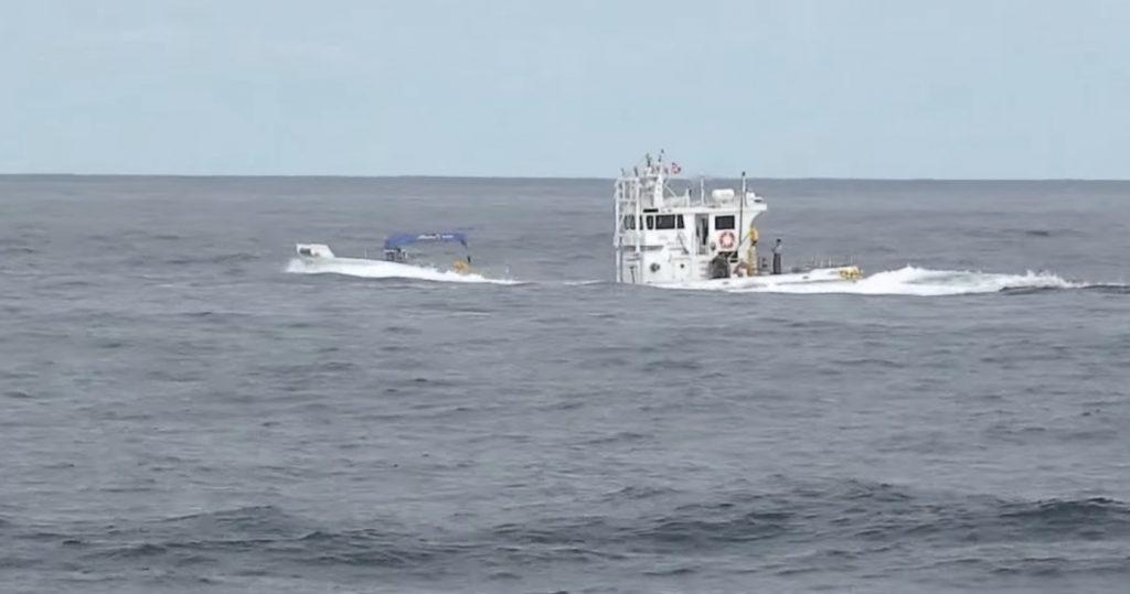 大漁すぎて今にも沈みそうな北海道の漁船がスゴい^ ^;