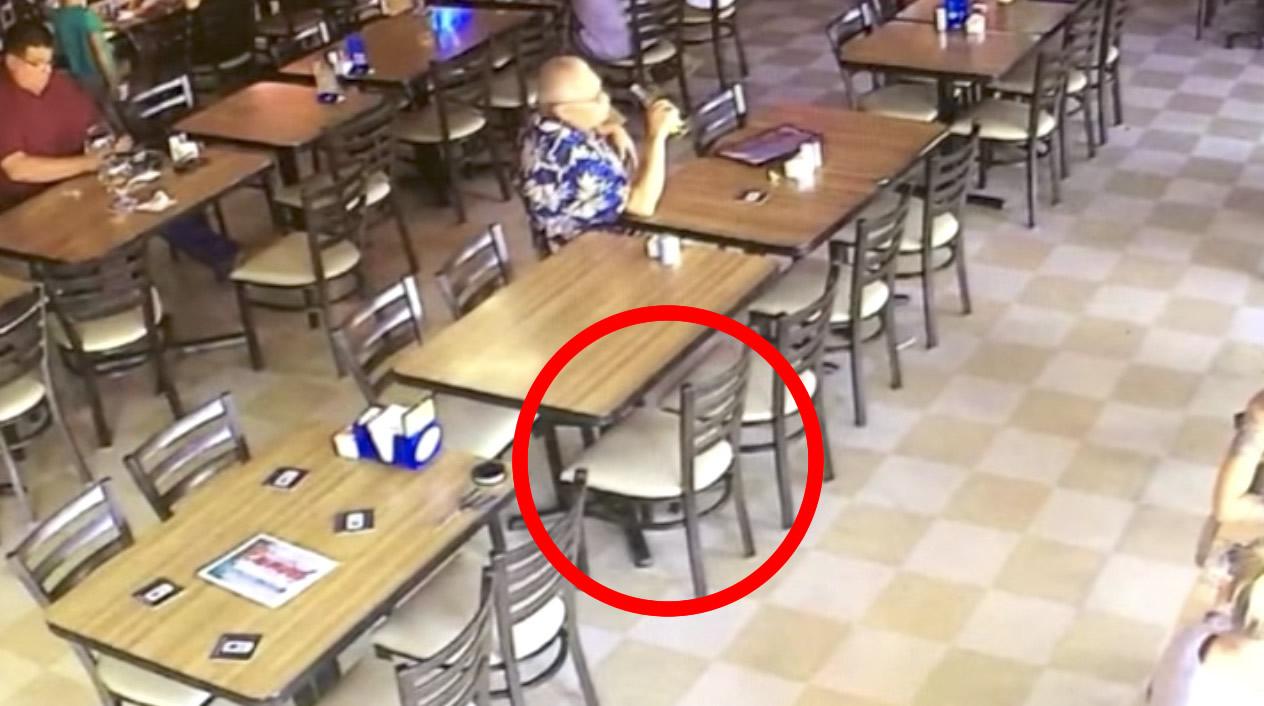 レストランで、誰も座っていない椅子が勝手に動き「幽霊の仕業か?」と話題に!