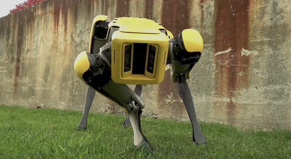 あの「四足歩行ロボット」がさらに進化!動きもスムーズになり本物の動物みたいに!