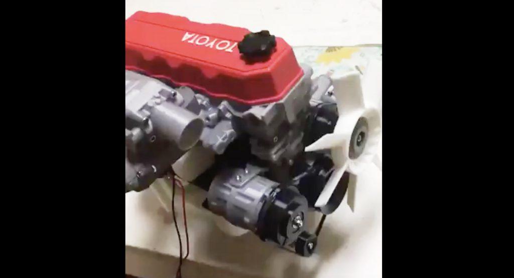 姉から送られてきた、3Dプリンターで作った精巧な「トヨタのエンジン」の動画が話題に!