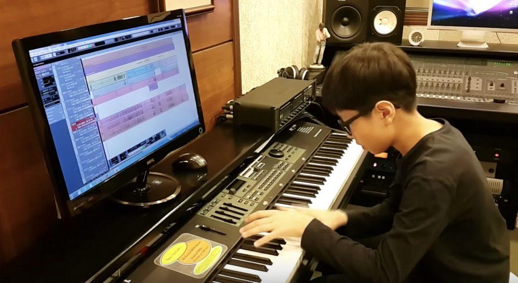 【天才】13歳のピアノ少年が弾くマイケル・ジャクソンの「Bad」の演奏に鳥肌!