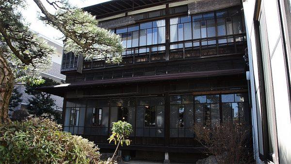 宮崎駿監督が育った築90年の家がギャラリーに。映画のシーンを想起する家の中に感動!