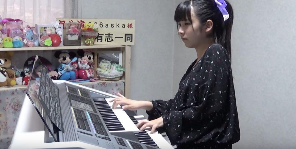 「天空の城ラピュタ」をエレクトーンで演奏した女子高生が話題に!【名曲メドレー】