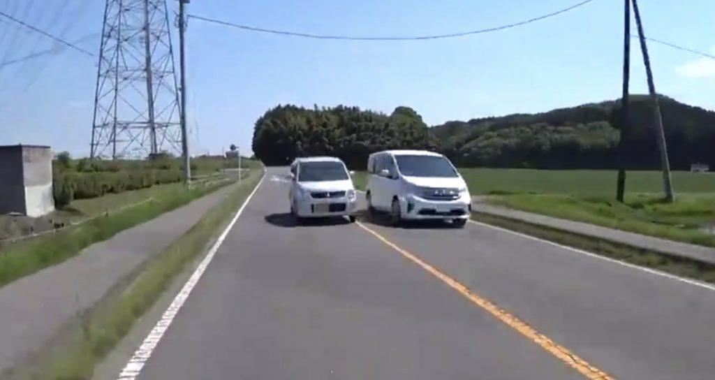 GW中のありえない運転の車に非難殺到「これだからサンデードライバーは、、」