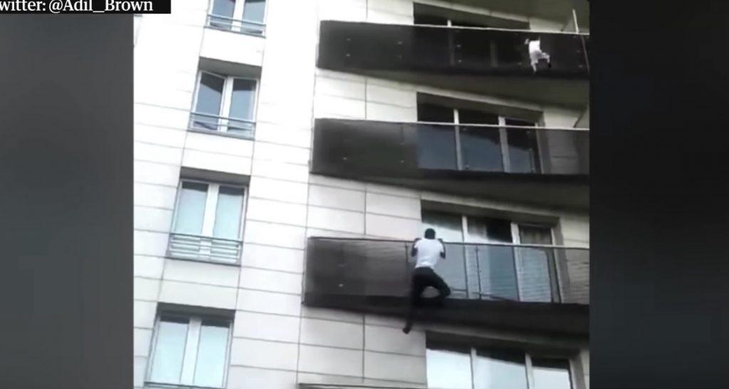不法滞在の男性が、ビルから落ちそうな子供を脅威の身体能力で登り救助!不法滞在について大統領が異例の粋な対応!
