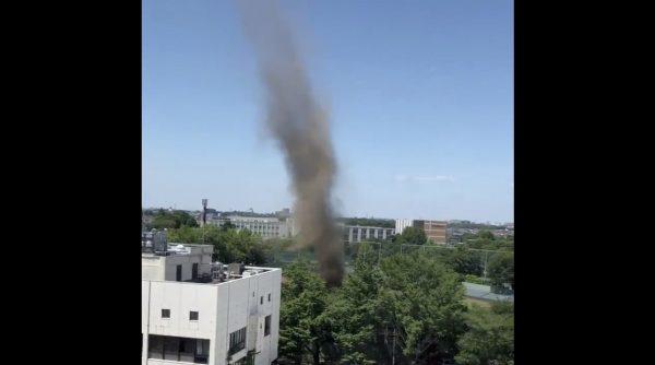 【千葉県】市川市で発生した大きな「旋風」が撮影される!あまりの迫力に鳥肌!