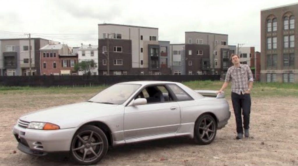旧車の日産スカイラインGT-Rでアメリカの街をドライブしたら、モテモテだった!