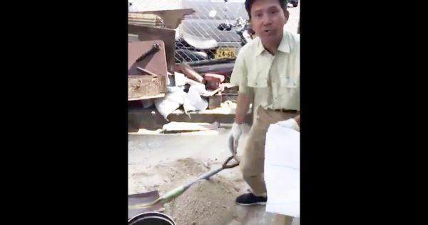 父から広めて欲しいと送られてきた「土砂を土嚢袋に簡単に入れる方法」動画が話題に!【災害ライフハック】