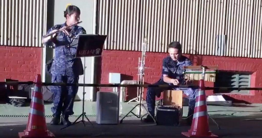 【西日本豪雨】自衛隊の入浴支援を待ってたら、音楽流れてきて泣いたと話題に!