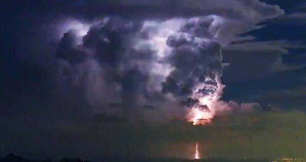 【鳥肌】ラピュタの「龍の巣」と話題になった関東北部の雷雲のタイムラプス映像が公開!どんどん成長する様子に鳥肌!