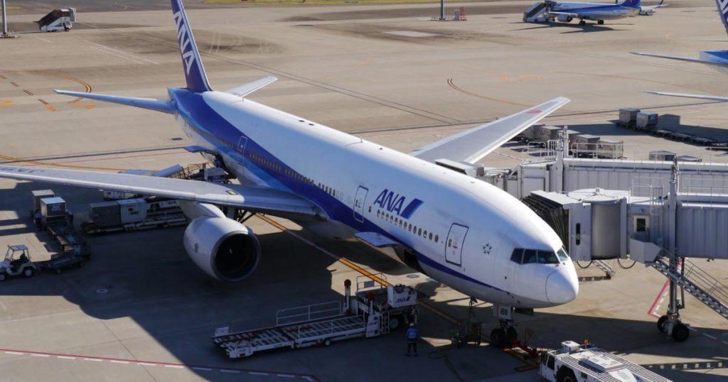 熊本空港に到着した飛行機から見えた、ANAの職員の粋な「落書き」が話題に!「最高のおもてなし」の声