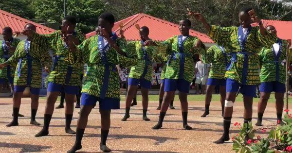 ガーナで「よさこい祭り」が独自の変化を遂げていて、超クールでカッコイイと話題に!