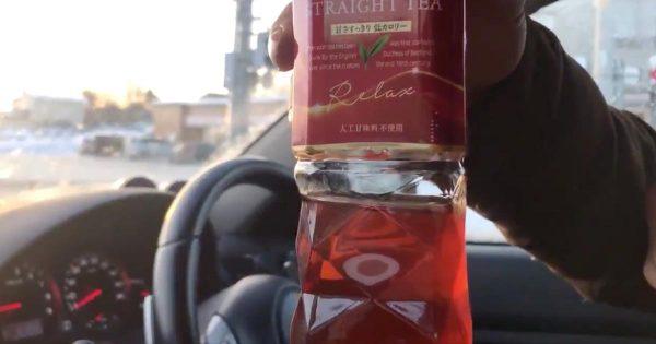 北海道の車内に一晩置いたペットボトルを振ったら凄いことになったと話題に!