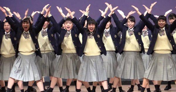 登美丘高校ダンス部の生徒たちが、西城秀樹さんの「ヤングマン(Y.M.C.A.)」を踊る動画に「心の底から笑うことを思い出させてくれる」「感動した」の声!
