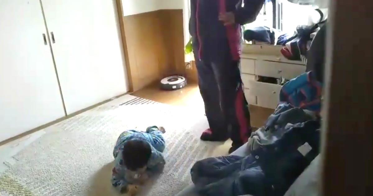 小学生の兄が、母親に蹴られる弟の動画をTwitterに投稿し助けを求め物議!勇気ある兄の行動に賞賛の声
