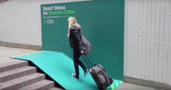 「こんな広告なら街中に欲しい!」IBMが設置した3つのセンス溢れる広告のアイディアが素晴らしすぎる!