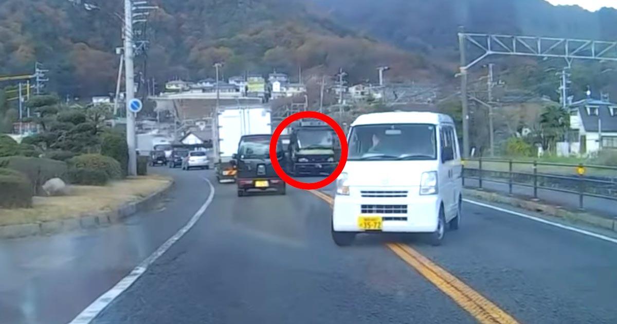 【神対応】「粋だね!」右折車に道を譲ったら、直接関係ないはずの後続のトラックがまさかの粋な対応をしてくれた!