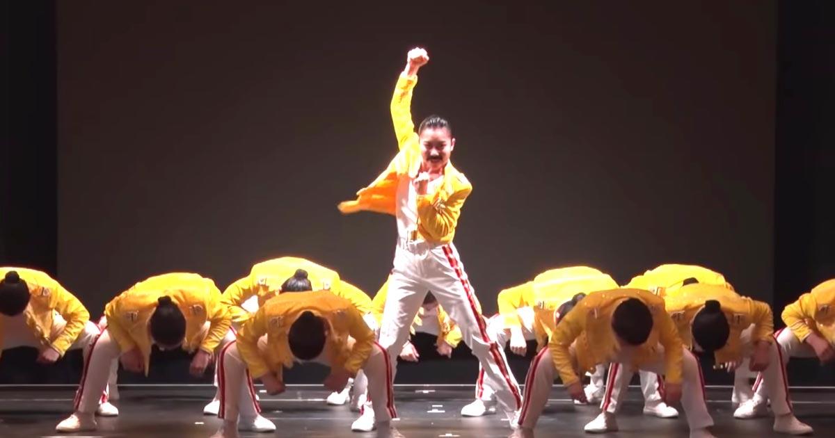 【鳥肌】「バブリーダンス」の登美丘高校ダンス部が「クイーン」の楽曲でダンス!かっこいいと話題に!
