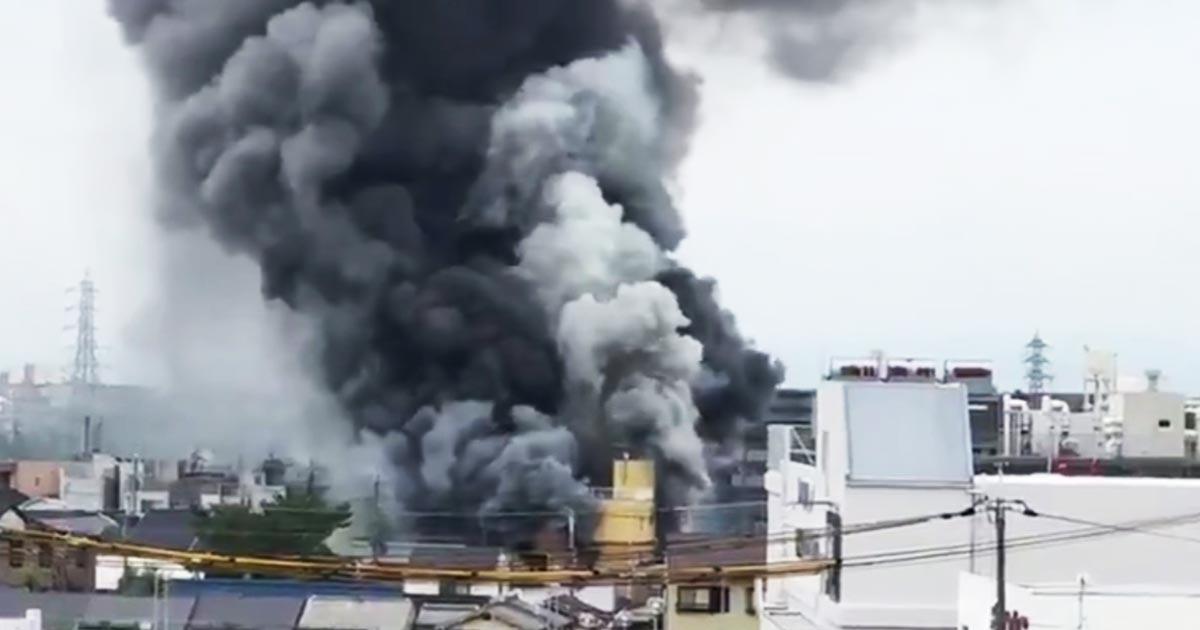 【現場動画続々】「京都アニメーション」を41歳の男がガソリンで放火し複数人が亡くなり10人が意識不明の重体!現場には刃物も!