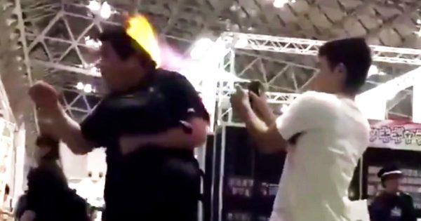 許せない、、幕張メッセで行われた「ジャンプ」のイベントで撮影された少年達のひどすぎる行為が拡散され炎上!