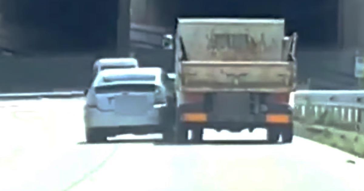 【愛知】「絶対に譲らない!」と強く心に誓ったトラックと乗用車のドライバーが話題に!そして残念なラストになる