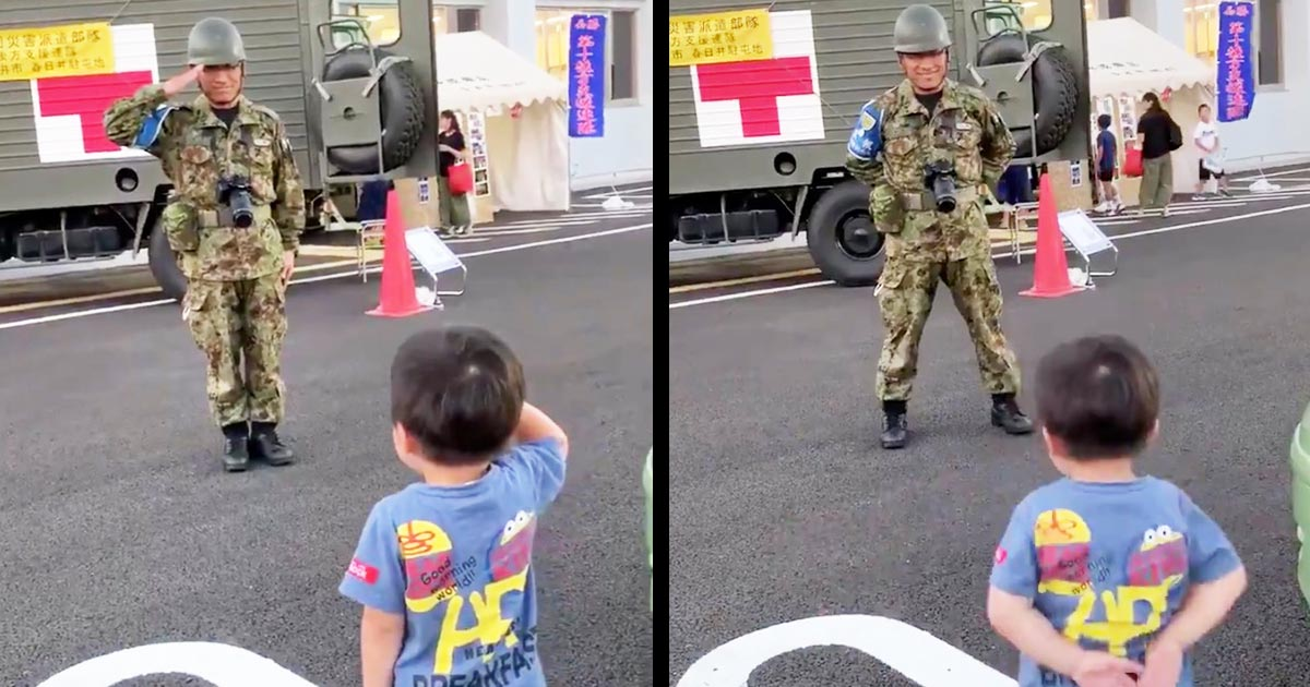 【台風15号】自衛隊の入浴支援の最終日。3歳の少年と自衛隊員の対応が「心暖まる」「泣ける」と話題に!「小さな子供にも隊員の方々の頑張りが伝わったんでしょう」」