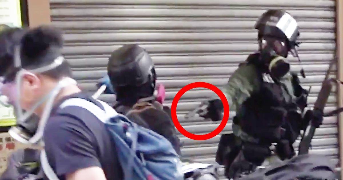 【香港デモ】香港警察がついに「実弾」を発射しデモ隊の高校生に当たり重体!その瞬間の動画が拡散される!