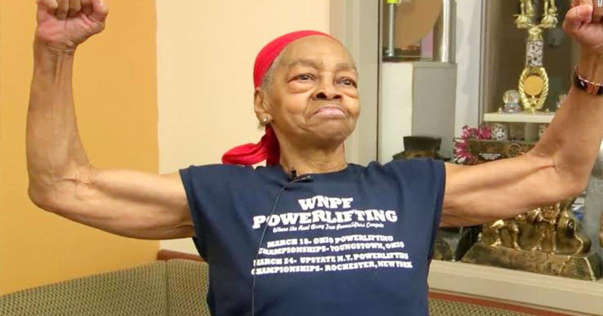 泥棒「入る家を間違えた」100kgを持ち上げる82歳のスーパーおばあちゃんの家に侵入した男、救急車で運ばれるはめに!