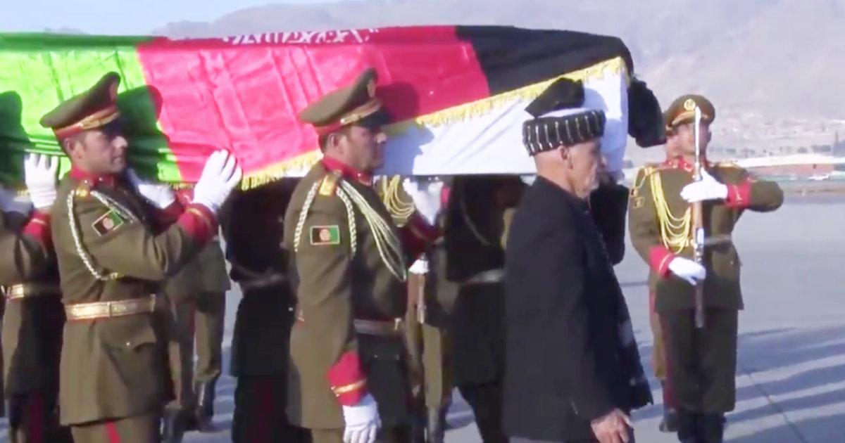 中村哲さんの棺をアフカニスタン大統領が自ら担ぎ、英雄の死を悼む「全てのアフガン人は、彼をアフガンの英雄として忘れない」