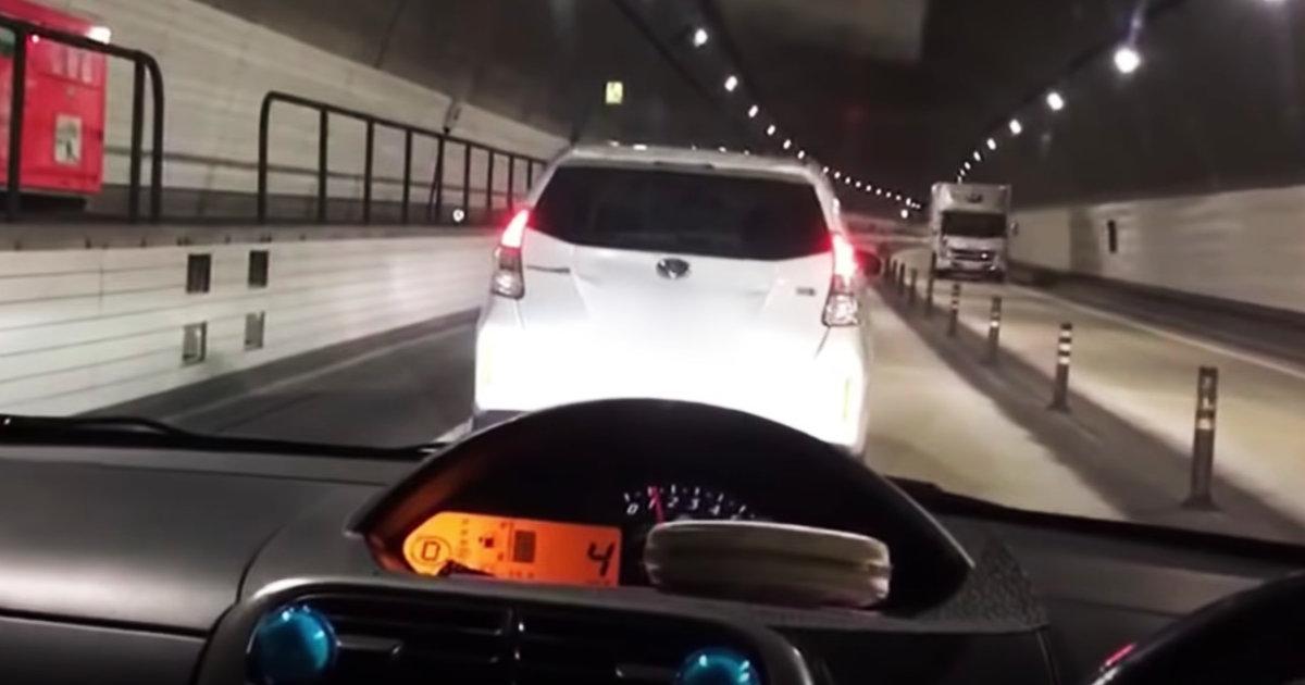【鹿児島】高速道路を時速4キロで走行する車が「逆あおり運転」だと物議!追い抜いたら逆ギレしてきた!