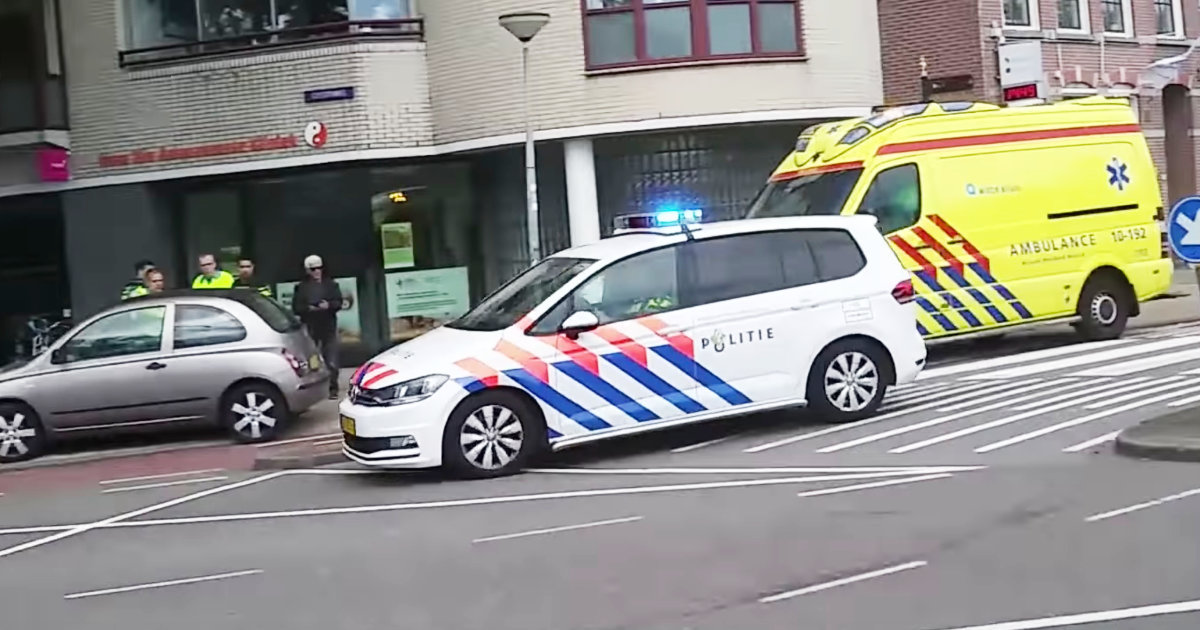【オランダ】警官が生声でピーポーピーポー!サイレンが壊れた時の最高のライフハックだと話題に!
