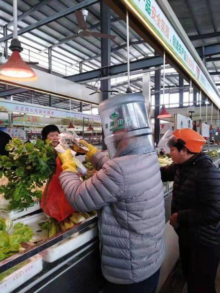 中国 人 ナプキン を マスク