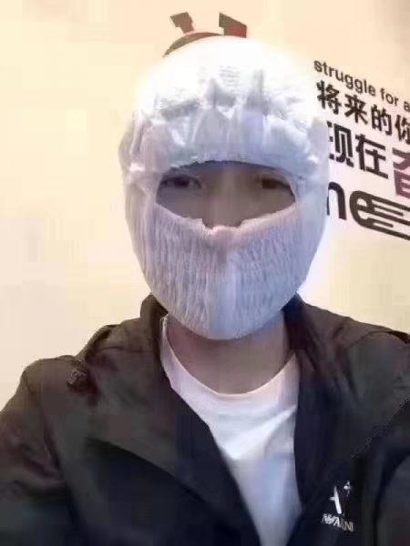 マスク ナプキン 人 中国