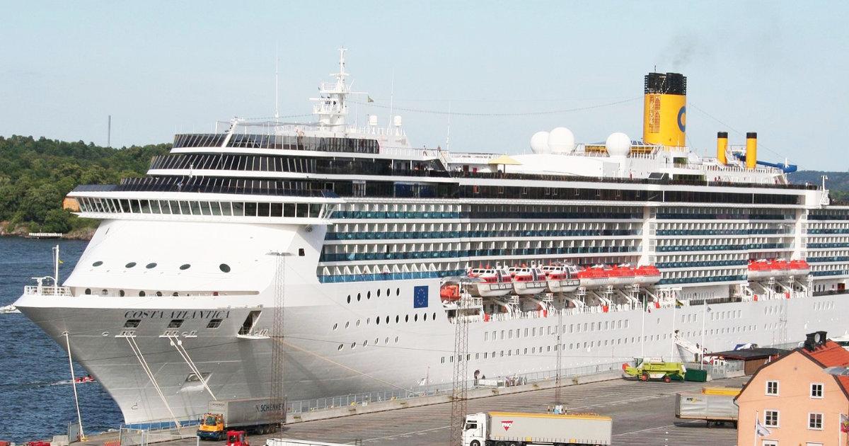 長崎港に停泊中で約600人が乗船中のイタリアのクルーズ船「コスタ・アトランチカ」で検査の57人中33人の感染確認!