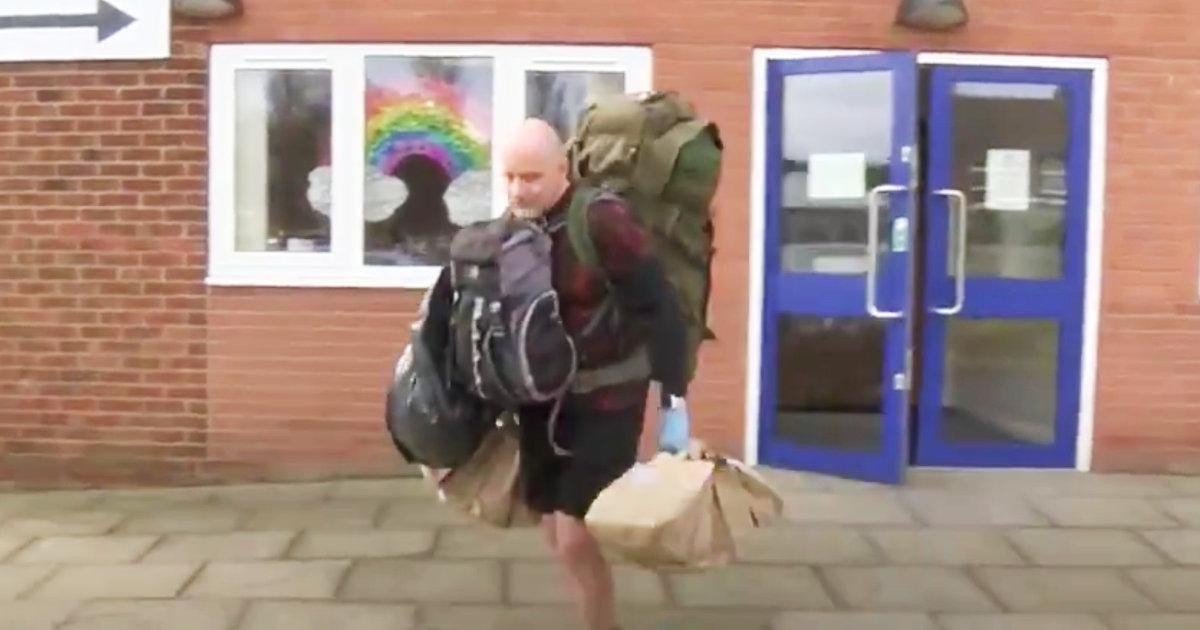 ロックダウンで無償給食が無くなったイギリスの低所得家庭の生徒たち。元軍人の副校長が立ち上がり50kgの給食を毎日届ける!