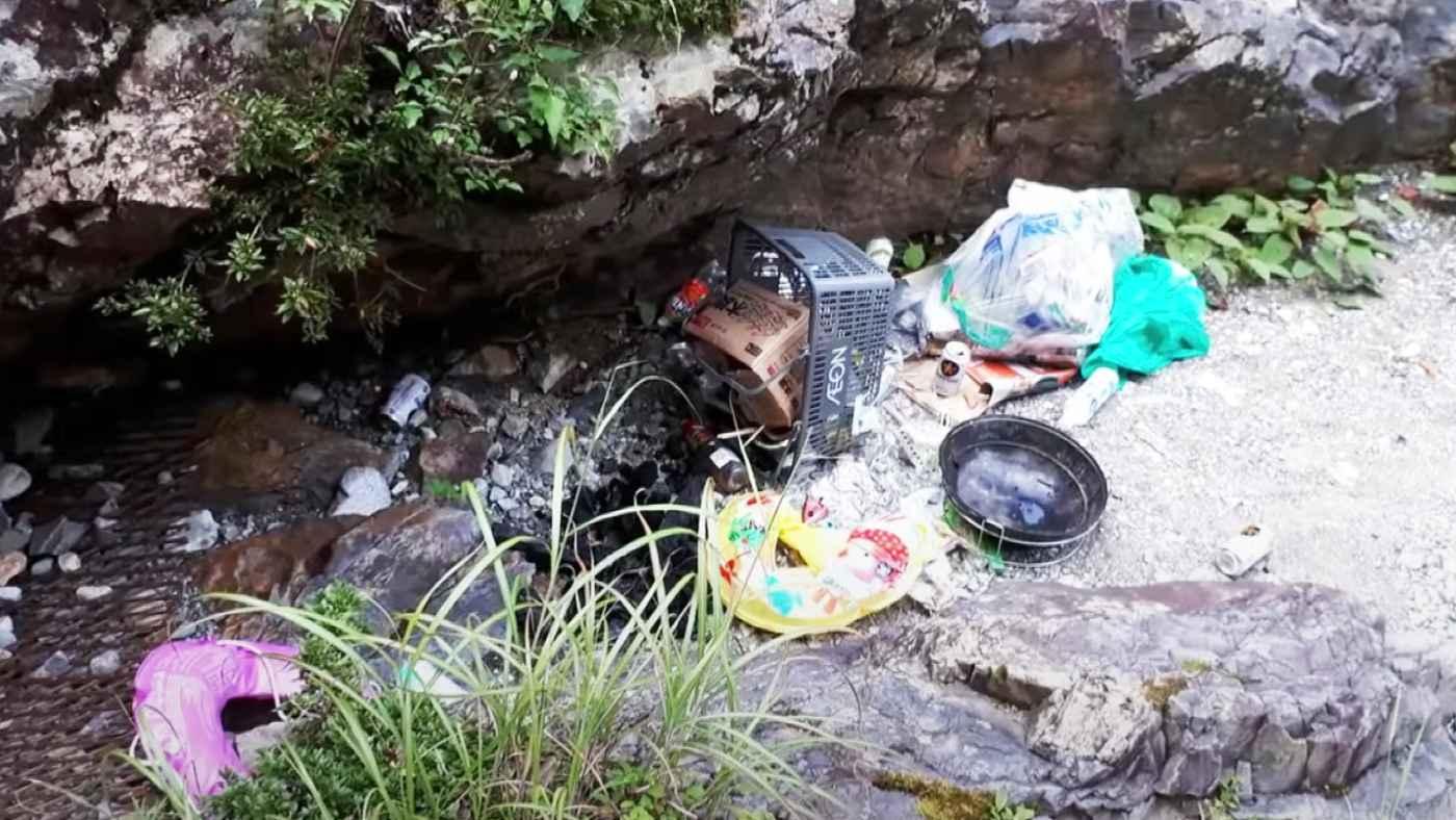 大自然の中でバーベキューし、ゴミやコンロまで全て放置して帰ってしまう人が増加し物議!