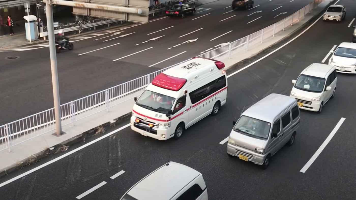【神対応】「この数秒で救える命はある」救急車がきた時の判断力がスゴい軽自動車の動画が1000万再生!