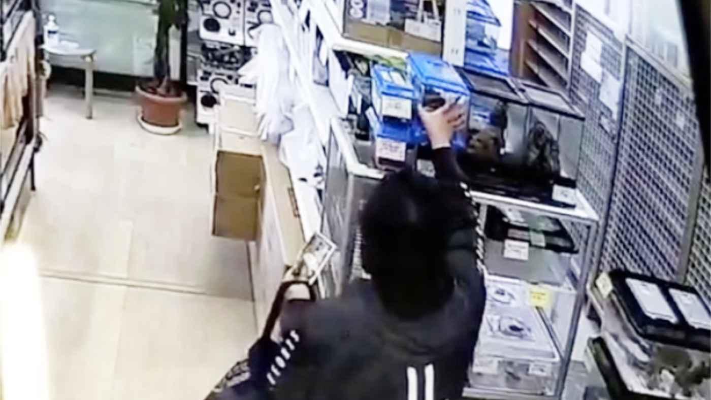 【千葉】高級トカゲを堂々と持ち去る男の動画をお店が公開!情報提供を呼びかける!