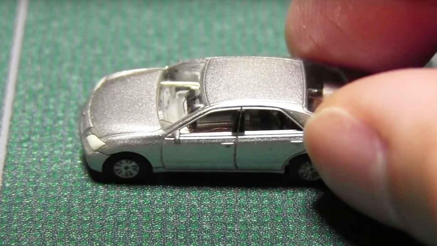 「神業すぎる!」ミニカーをラジコンに改造する日本人の動画が世界中で話題に!
