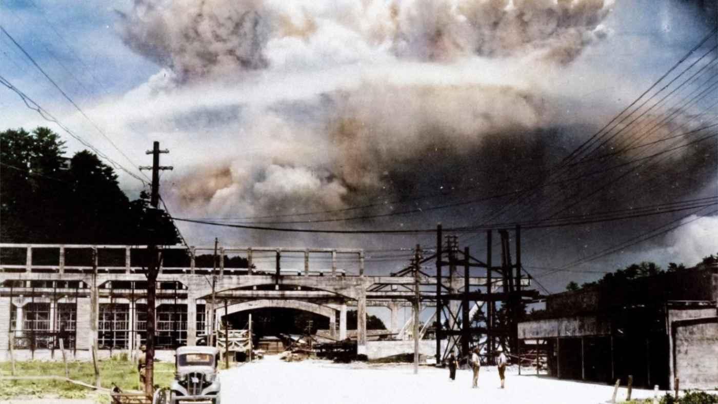 長崎への原爆投下直後に撮影された写真をAIでカラーにした写真が話題に